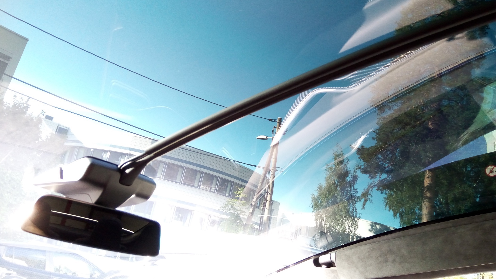 Dashcam installation – Tesla Model X